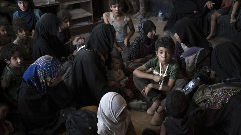 Le 8 juillet, la veille de l'annonce du premier ministre irakien, des milliers de civils étaient encore pris au piège dans les maisons de la Vieille ville.