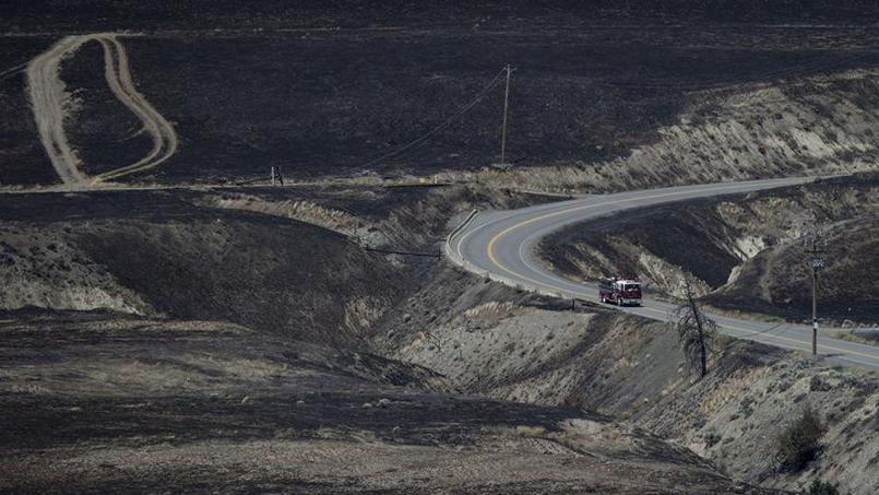 Les flammes ont dévasté le paysage à Ashcroft. (Crédit photo: Darryl Dyck / The Canadian Press via AP)