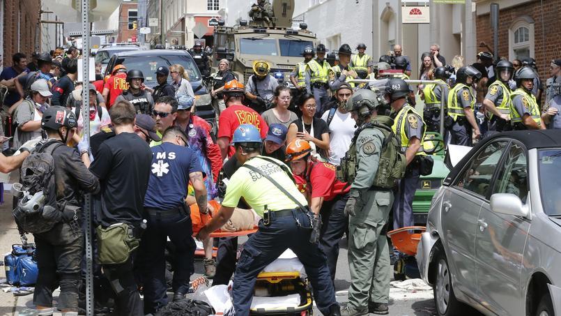 Il y aurait plusieurs blessés lors de ce rassemblement.