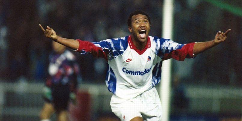 Antoine Kombouaré marque le quatrième but du PSG et envoi le PSG en œ finale de la Coupe de l'UEFA 1992/93.