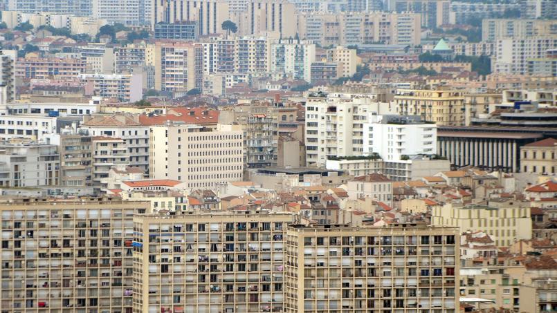 Le Service central de renseignement territorial cite pour exemple la faible représentation de la communauté musulmane à Marseille dans le mouvement d'émoi qui a suivi les attaques. (photo d'illustration)