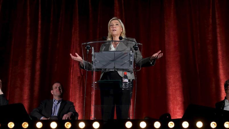 Marine Le Pen, mercredi en meeting à Hénin-Beaumont.