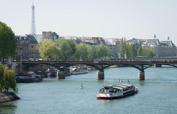 Une croisière sur la Seine.