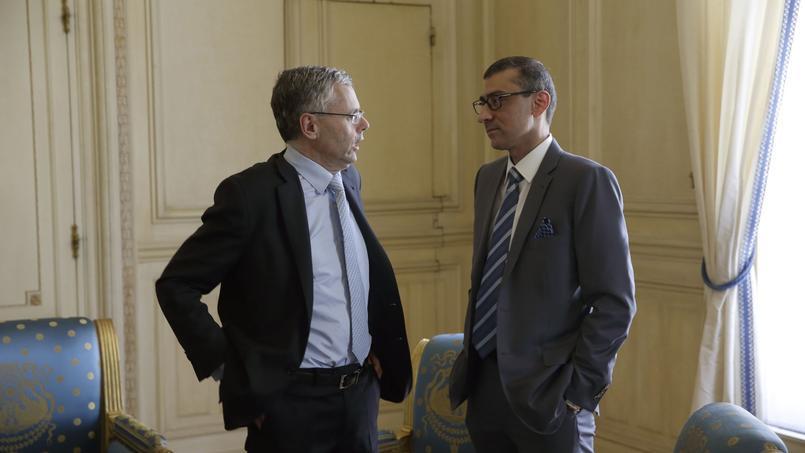 Michel Combes (à gauche), patron d'Alcatel-Lucent, et Rajeev Suri, PDG de Nokia promettent de créer «un leader des technologies innovantes».