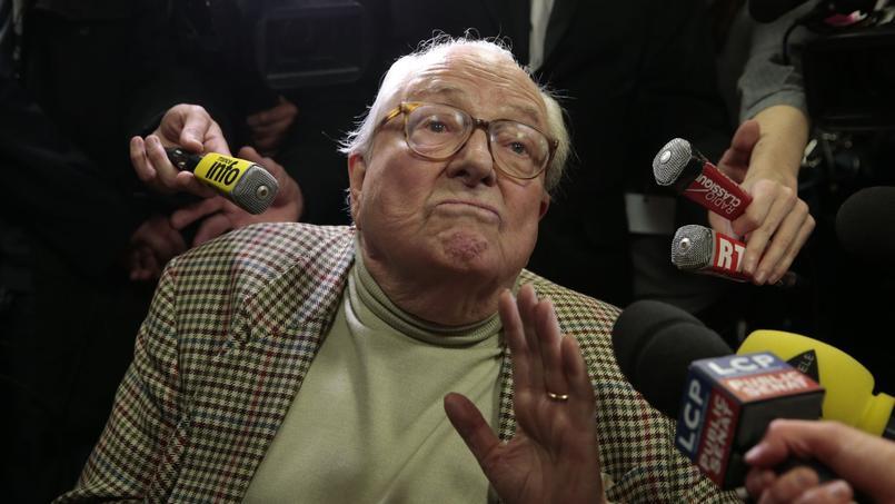 Jean-Marie Le Pen, président d'honneur du FN