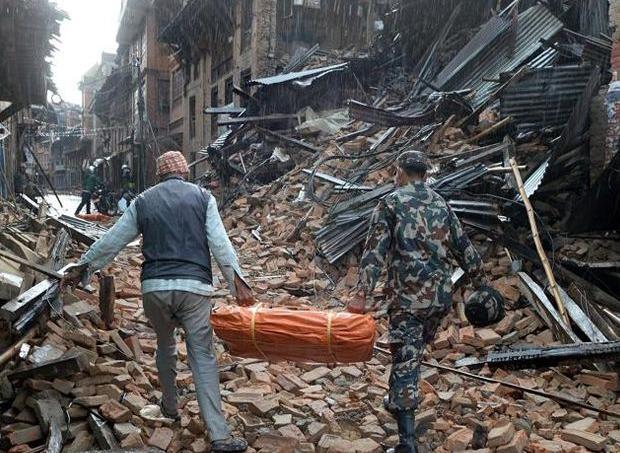 Le séisme de magnitude 7,8 qui a frappé le Népal samedi est le plus meurtrier depuis 80 ans dans ce pays.