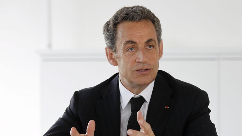 «Qui pourrait affirmer que le besoin n'existe pas d'une rénovation de notre République qui a trop souvent, ces dernières années, donné le sentiment de céder?», questionne Nicolas Sarkozy.