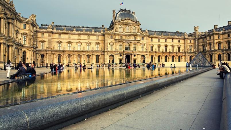 Le Louvre est le musée le plus visité au monde (9,8 millions de visiteurs en 2014). Crédit: Fotolia