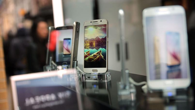 Samsung veut lancer le paiement mobile en France avant Apple