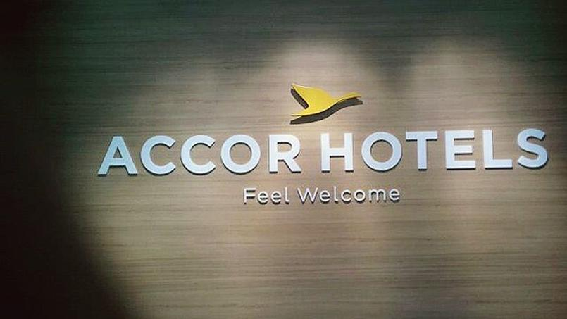 how to change current accor hotel