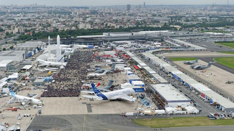 Exposition le bourget 2015 for Programme bourget 2017