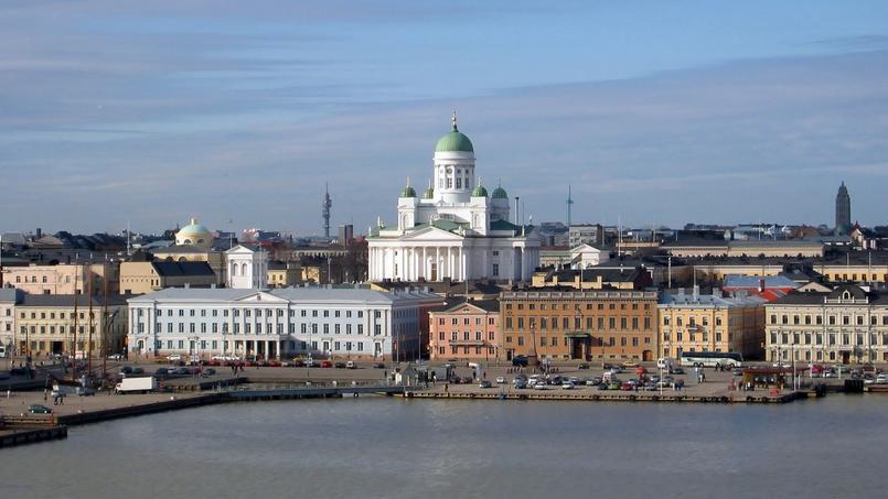 Vue sur le port d'Helsinki et la cathédrale luthérienne en arrière-plan. (Crédit: Mikko Paananen)