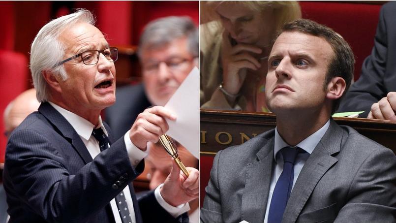 Le ministre du Travail François Rebsamen et le ministre de l'Economie Emmanuel Macron.