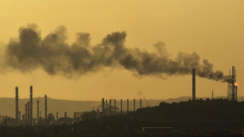 Un rapport propose de fixer un prix pour le carbone