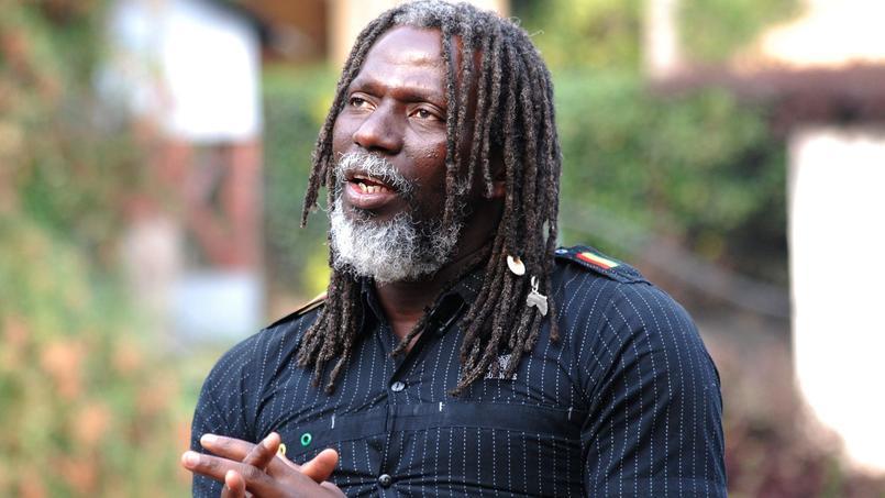 Le chanteur de reggae ivoirien Tiken Jah Fakoly a été refoulé vendredi soir à son arrivée à l'aéroport de Kinshasa, où il devait donner un concert.