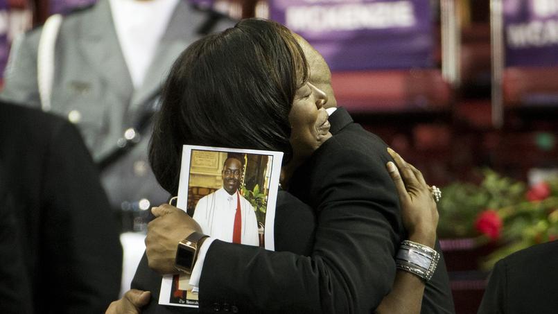 Aux funérailles du révérent Pinckney à Charleston, les fidèles ont reçu le soutien du président Obama le 26 juin.