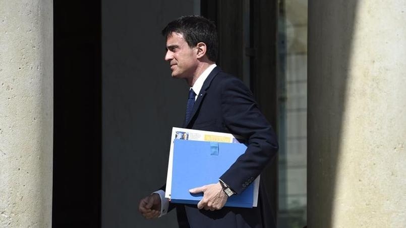 Pour Manuel Valls, l'enjeu majeur de 2017 opposera «ceux qui veulent séparer», «diviser les populations, les quartiers, les territoires» et «les forces, que je crois majoritaires» qui veulent «faire vivre les valeurs de la République».