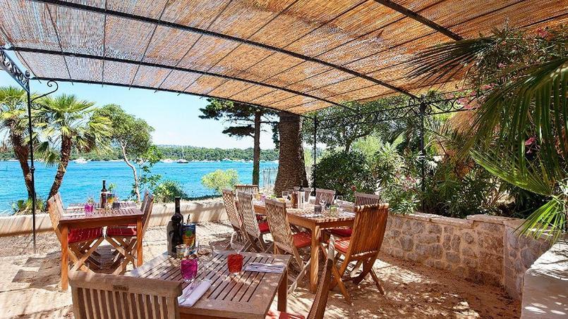 Baie de Cannes - (Île Saint-Honorat) La Tonnelle