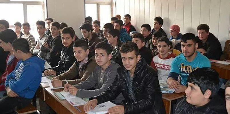 Les élèves d'une classe de l'établissement al-Taheera, inauguré le 3 mars dernier à Ankawa, le quartier chrétien d'Erbil. Crédits photo: Fraternité en Irak