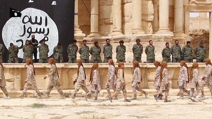 Daech diffuse une vidéo d'une exécution de masse à Palmyre