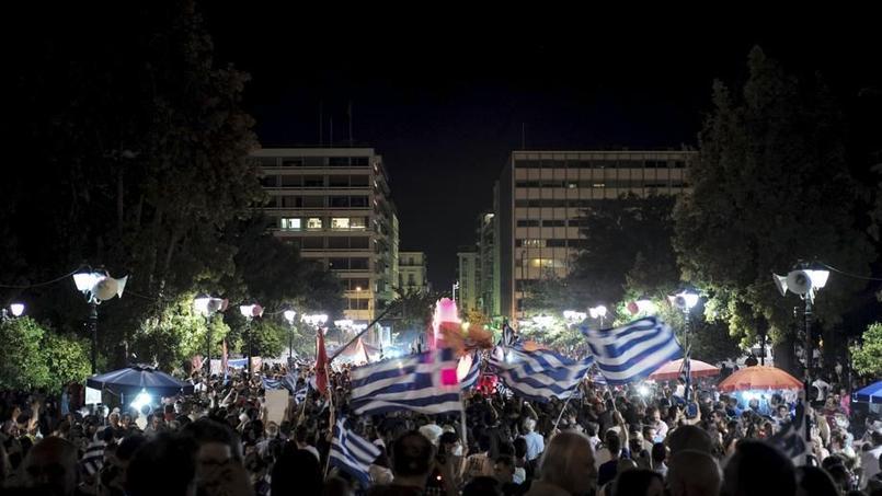 La place Syntagma en liesse au soir du référendum du 5 juillet