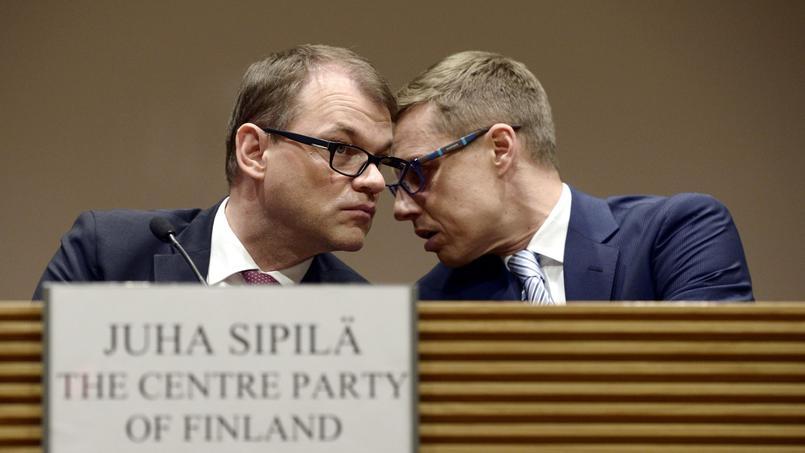 Le premier ministre, Juha Spilä, et son ministre des Finances, Alexander Stubbe.