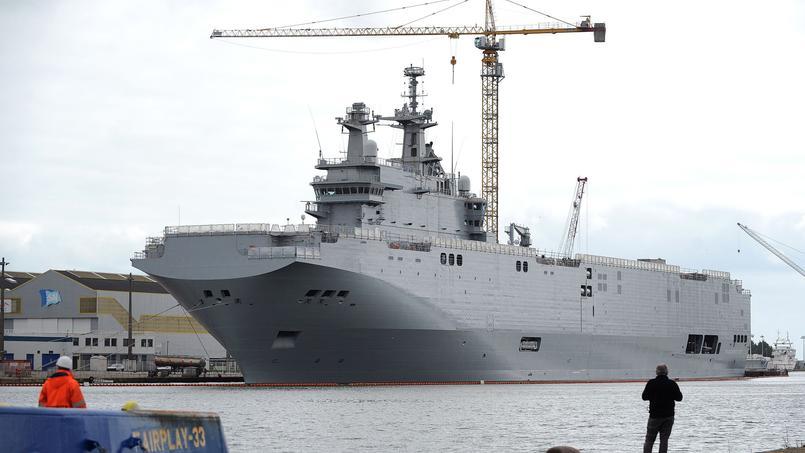 Le navire de guerre Vladivostok, un des deux Mistral commandés par la Russie