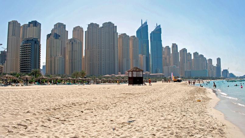 C'est sur l'une de ces plages, à Dubaï, que le fait divers s'est déroulé.