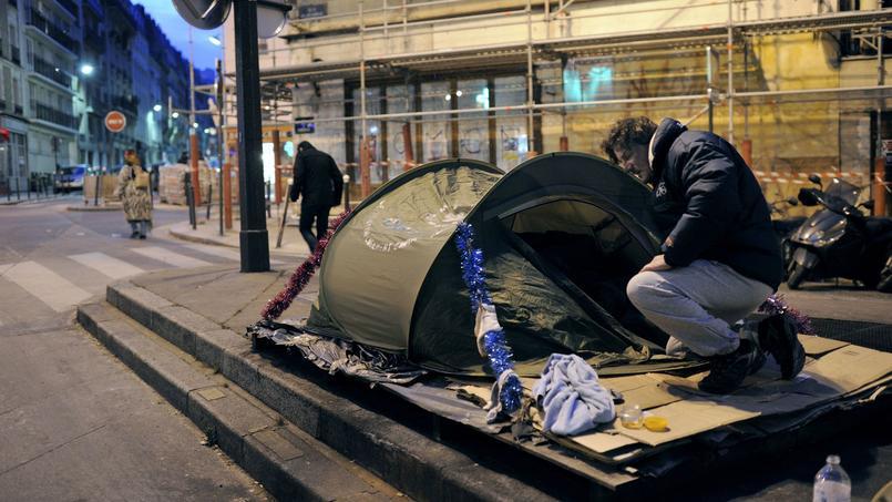 Plus de 8 millions de personnes vivent en France sous le seuil de pauvreté.