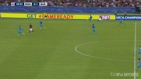 Le but fabuleux de l'AS Rome contre Barcelone en Ligue des champions