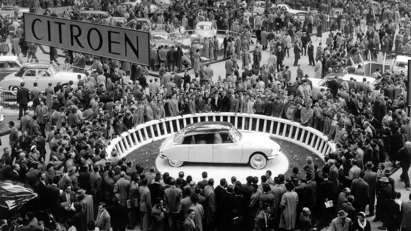 La ds 19 star du salon de l 39 auto en 1955 - Salon de l invention paris ...