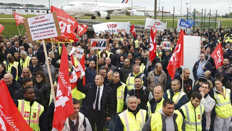 Contrairement aux syndicats réformistes, la CGT et FO ont appelé les salariés d'Air France à la grève ce lundi