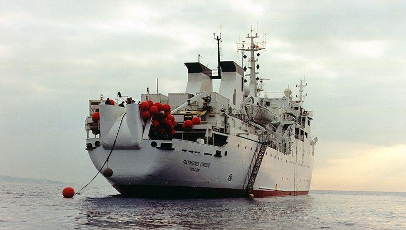 Le navire câblier Raymond Croze est arrivé ce week-end de Marseille.