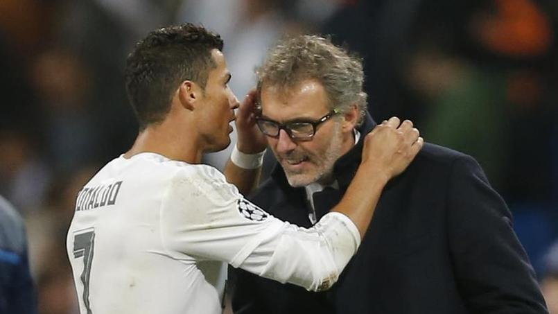 Cristiano Ronaldo est allé murmurer quelques mots à l'oreille de l'entraîneur du PSG après le match.