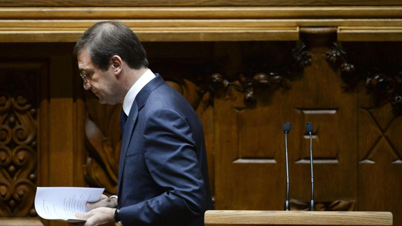 Pedro Passos Coelho, premier ministre depuis 2011, a débuté un nouveau mandat le 30octobre. Une motion de censure présentée par la gauche devrait faire tomber son gouvernement.