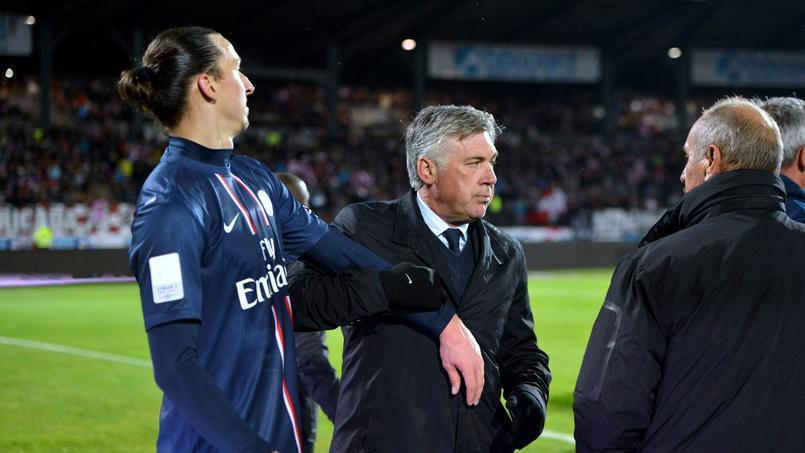 Carlo Ancelotti et Zlatan Ibrahimovic à Evian quelques instants avant le clash dans le vestiaire.
