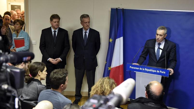 Le procureur de Paris François Molins lors d'une conférence de presse le samedi 14 novembre 2015, au lendemain des attentats de Paris.