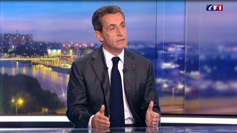 Nicolas Sarkozy sur le plateau de TF1, le 15 novembre 2015.