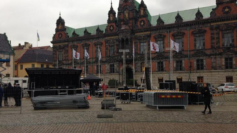 La place Stortorget qui accueillera plusieurs milliers de personnes mercredi soir pendant le match Malmô-Paris SG