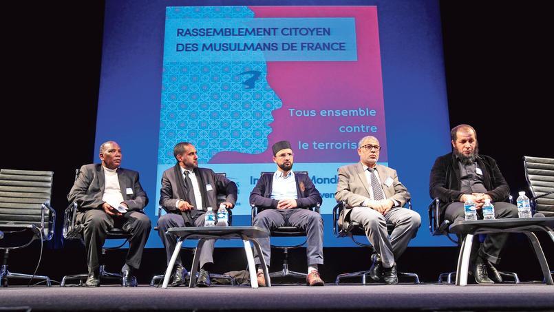 Rassemblement citoyen des musulmans de France, organisé par le Conseil français du culte musulman, dimanche, à l'Institut du monde arabe à Paris.