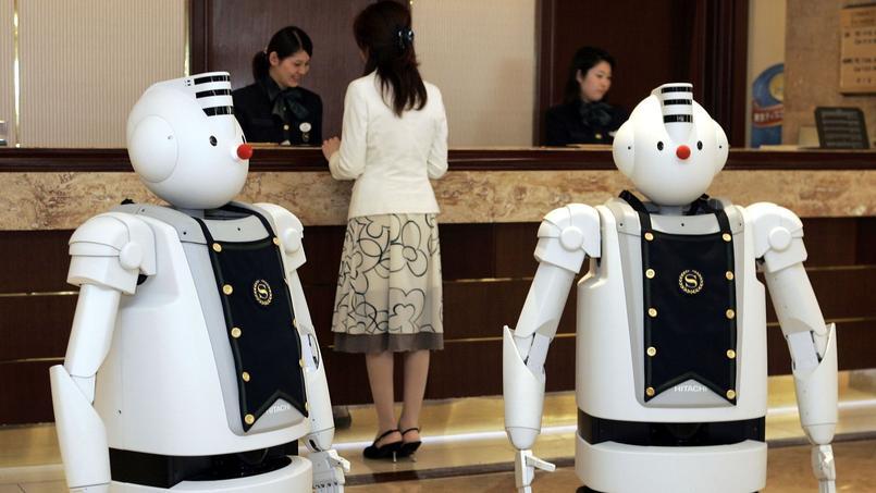 Certaines tâches répétitives ou fonctions d'accueil (ici dans un hôtel au Japon) vont être largement robotisées à moyen terme