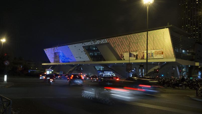 Dîner, Palais des Congrès, limousines : une addition à 20 millions d'euros