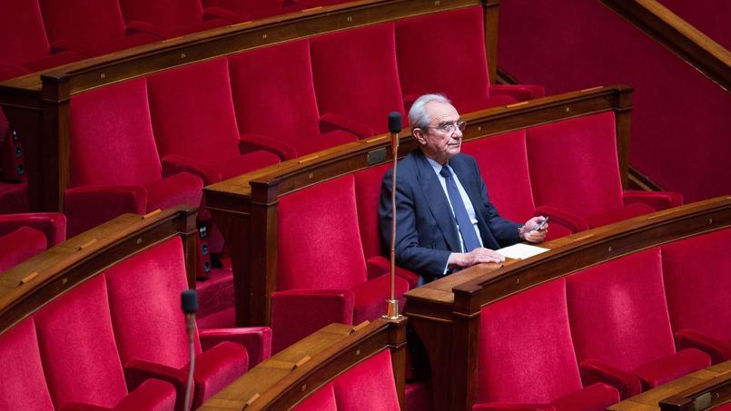 Bernard Debré à l'Assemblée nationale, le 7 mai 2014.