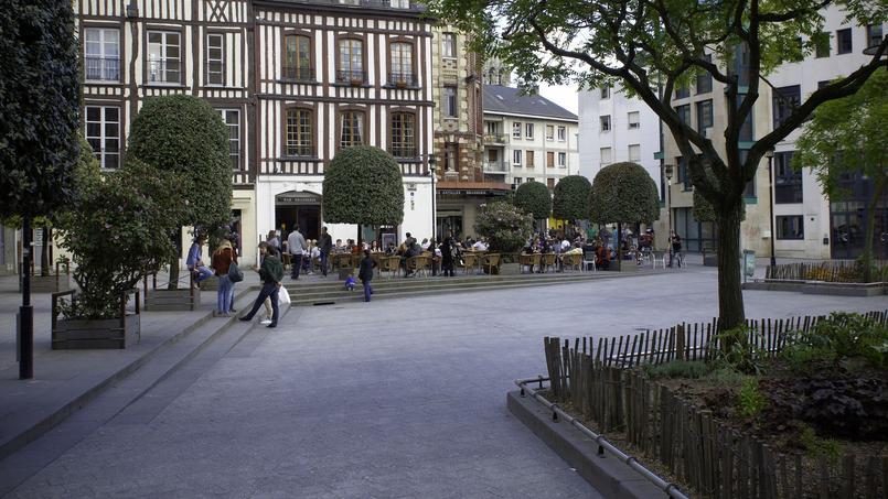 Julien Tesquet, 31 ans, et Elise Fauvel, 24 ans, sont morts étranglés à Rouen, dans un appartement situé près de la place de la Pucelle, @Frederic Bisson, flickr sous licence creative commons