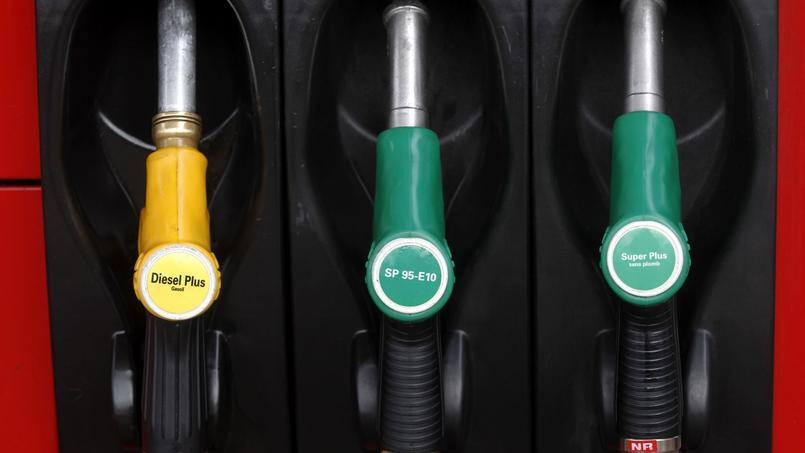 L'association propose par exemple une augmentation de 7 centimes sur le gazole. ©Jean-Christophe Marmara/ Le Figaro