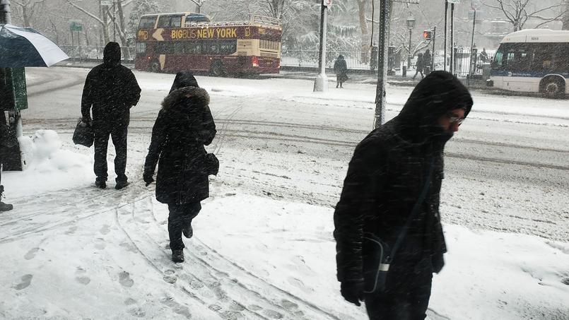 Les tempêtes de neige aux États-Unis ont coûté 2,8 milliards de dollars.