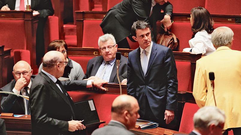Manuel Valls, lors d'une séance de questions au gouvernement, à l'Assemblée nationale en décembre.