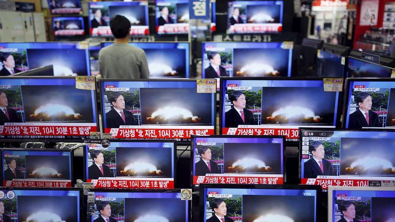 Chez les voisins de la Corée du Nord, comme ici à Séoul, l'annonce d'un premier test réussi d'une bombe à hydrogène par Pyongyang a suscité colère et inquiétude.