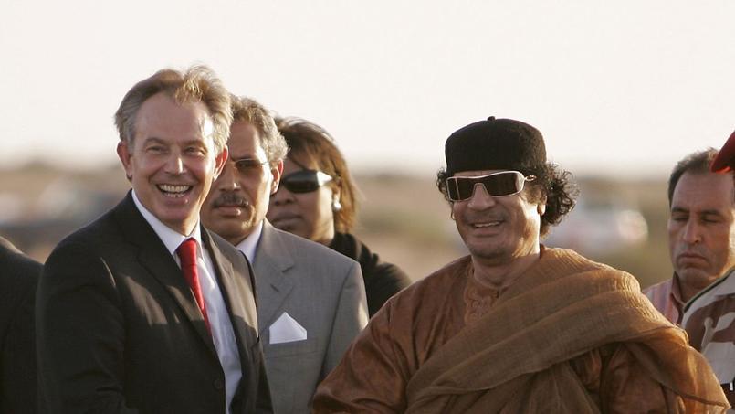 Tony Blair et Mouammar Kadhafi en 2007 à Tripoli (Libye).
