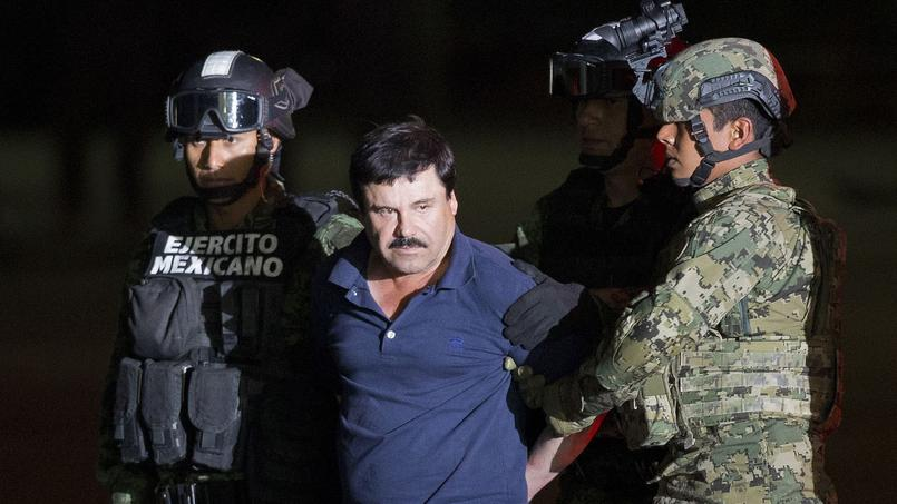 El Chapo le 8 janvier lors de son transfert dans la prison.